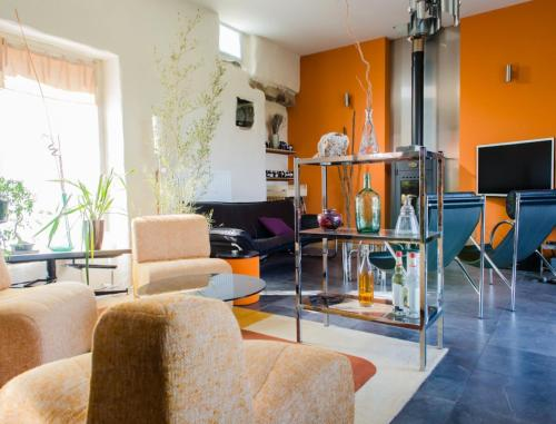 Home 19 : Chambres d'hotes/B&B proche d'Angoville-sur-Ay