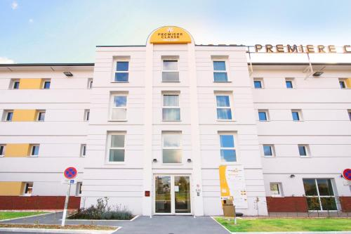 Premiere Classe Lisieux : Hotel proche d'Ouilly-du-Houley
