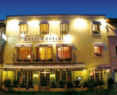 Le Central : Hotel proche d'Orthevielle