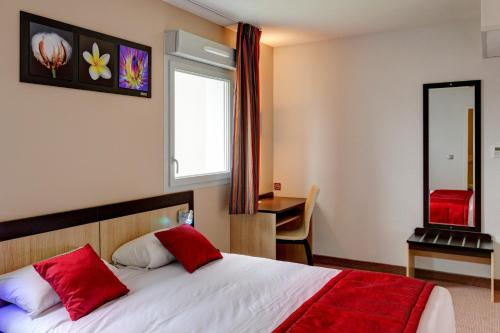 Akena City de Romilly : Hotel proche de Courcemain