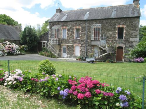Brittany House Holidays : Appartement proche de Locarn