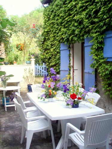 Moulin De Cornevis Bed and Breakfast : Chambres d'hotes/B&B proche de Creysseilles