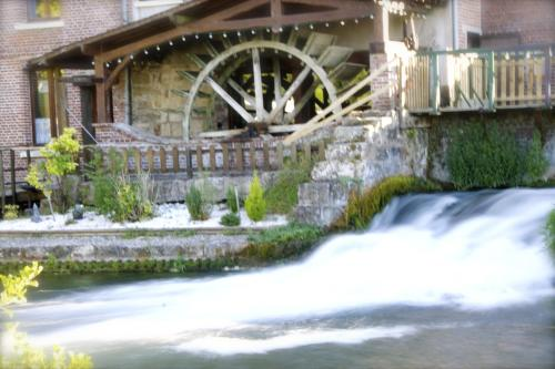 Logis Moulin Des Forges : Hotel proche de Saint-Deniscourt