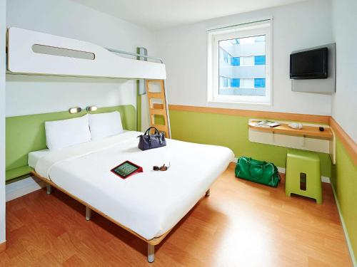 ibis budget Lisieux : Hotel proche d'Ouilly-du-Houley