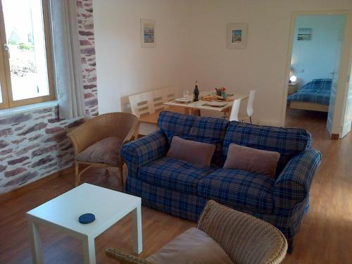 Clubhouse Gites : Appartement proche d'Inxent