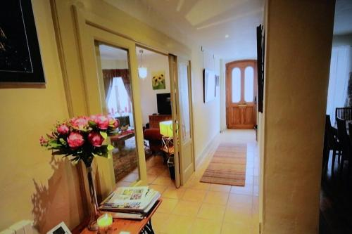 Maison d'Angle : Chambres d'hotes/B&B proche d'Eymet