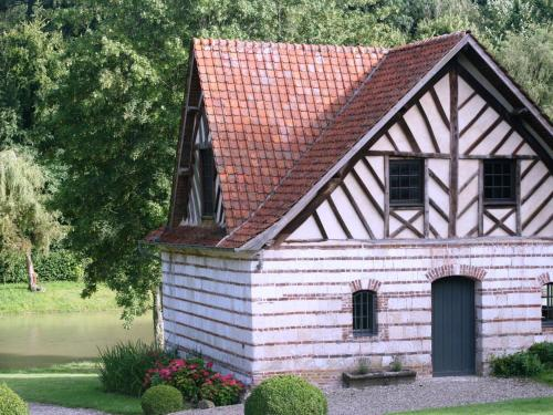 Holiday home Gite de Franssu : Hebergement proche de Vignacourt