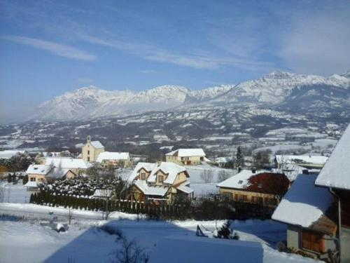 La Collinette : Appartement proche de Saint-Julien-en-Champsaur