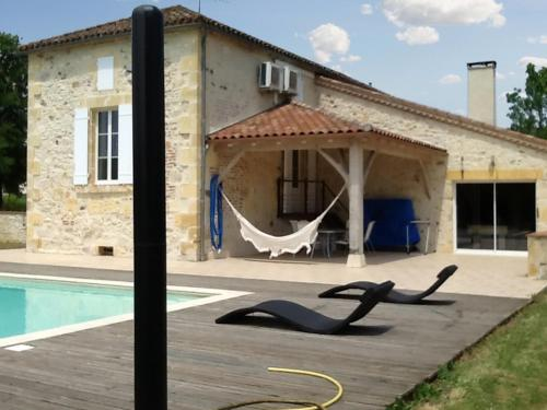 Holiday Home Au Bouy : Hebergement proche de Monsempron-Libos