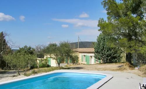 –Holiday home Chemin des Jas : Hebergement proche de Saint-Julien